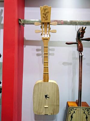 ツバメの楽器